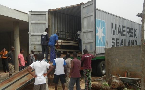 Un conteneur pour Adjarra et d'autres centres